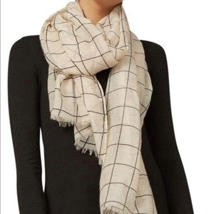 Rachel Pally cream scarf *brand new*